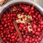 cranberry sauce with cinnamon and ginger